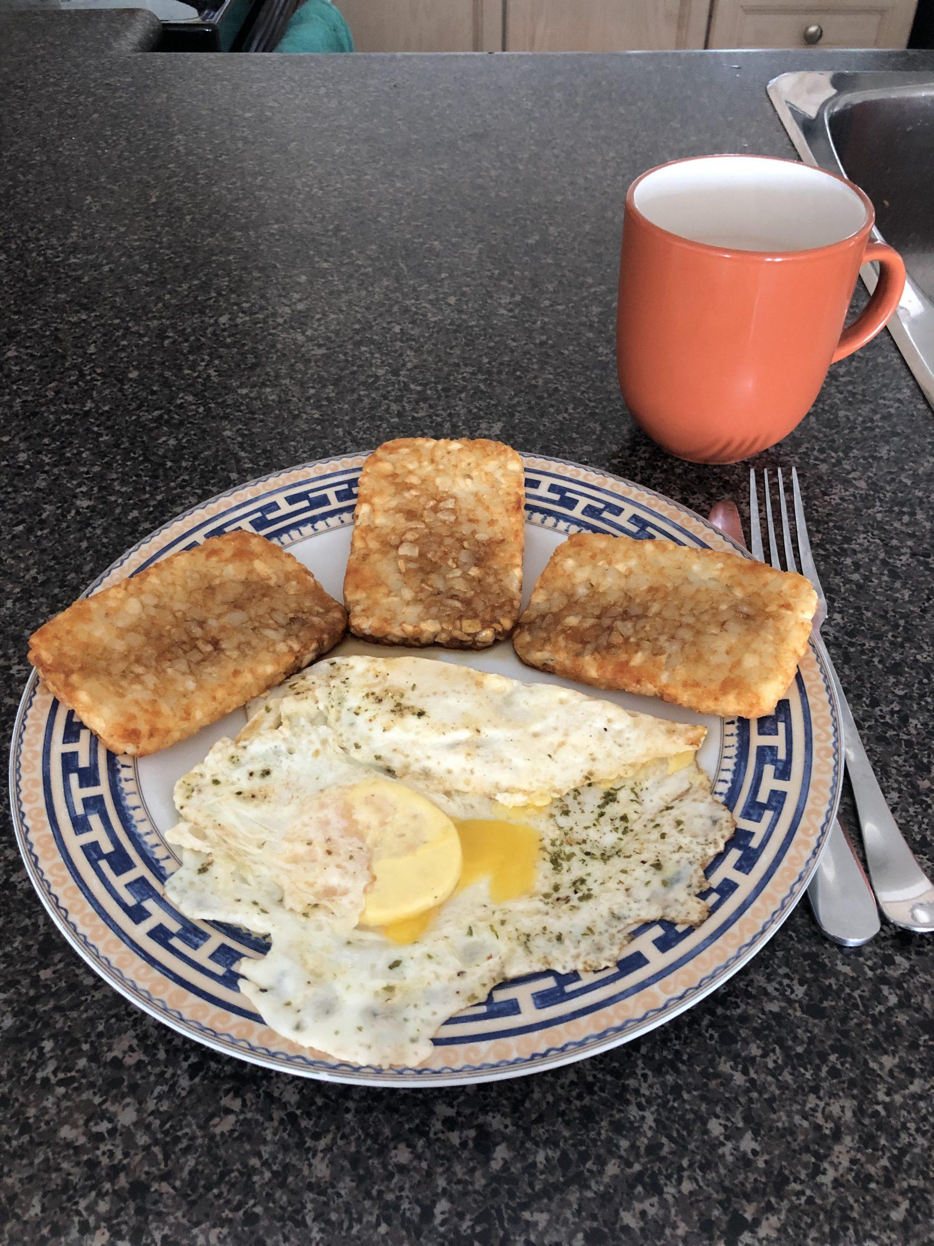 Eggs & Hash browns breakfast